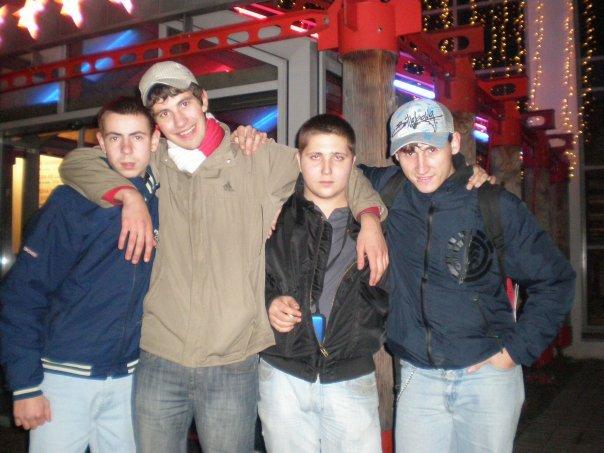 Слева направо: Макс, Горохов Алексей, Кричкин Евгений